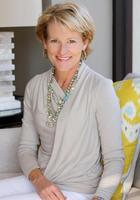 Portrait of Julie Schulte