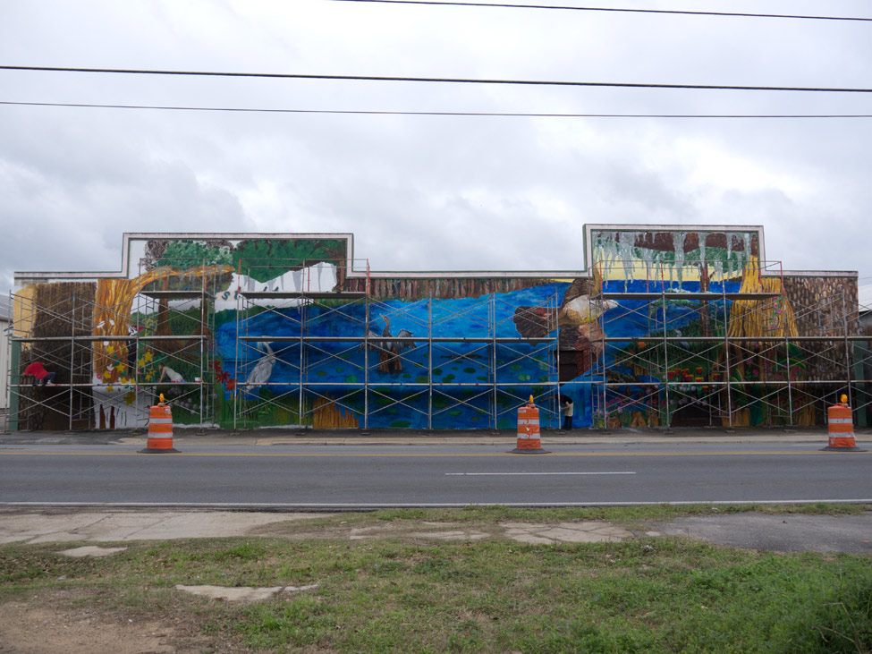 Students and volunteers capture Florida's unique natural beauty in a new urban mural