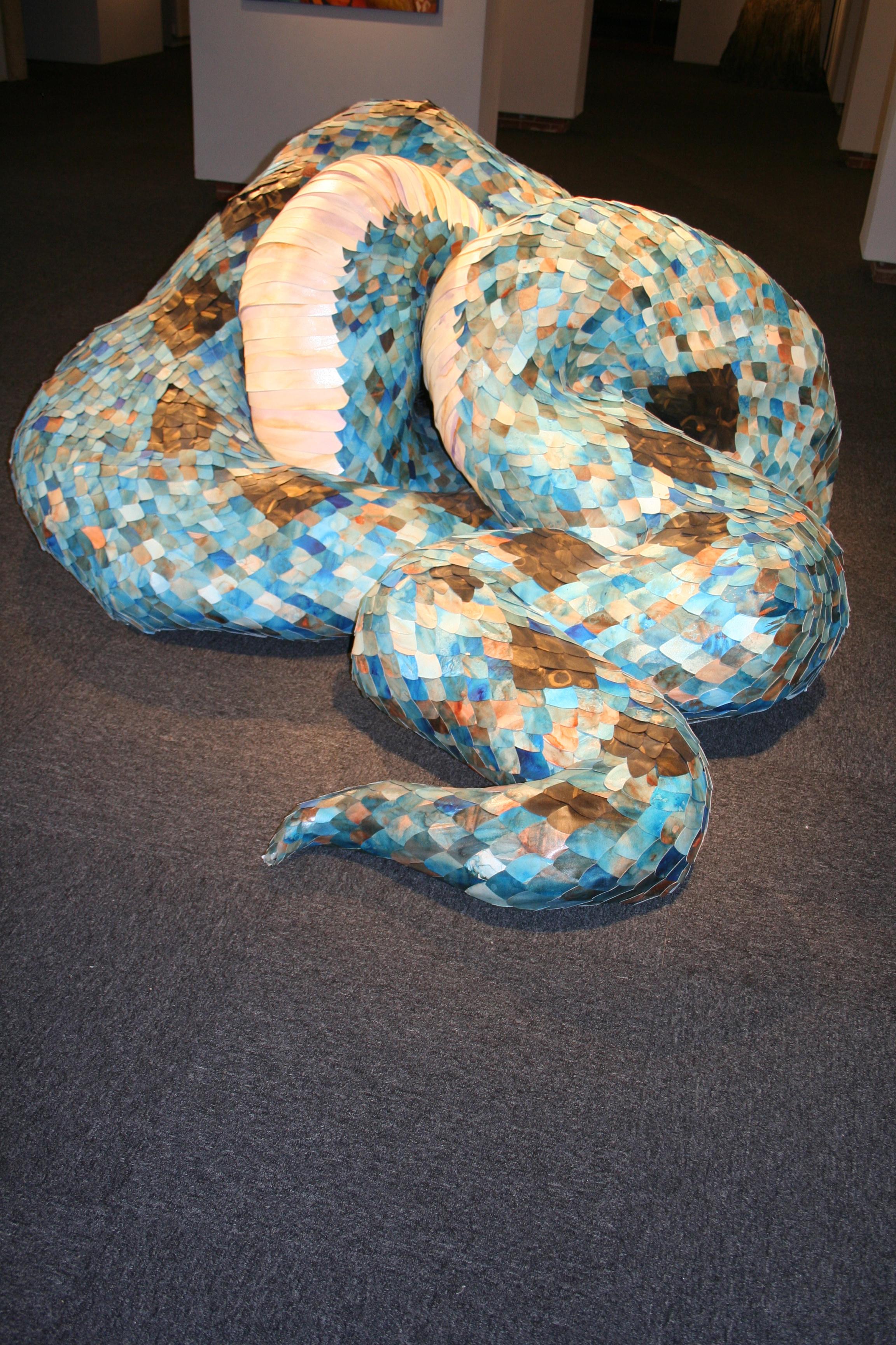 some sort of snake resembling sculpture