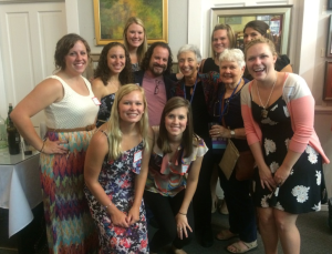 Dr. Dave Gussak poses with Florida State Art Therapy Students and Art Therapy Legends Judith Rubin, and Doris Arrington