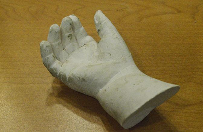 plaster-hand4