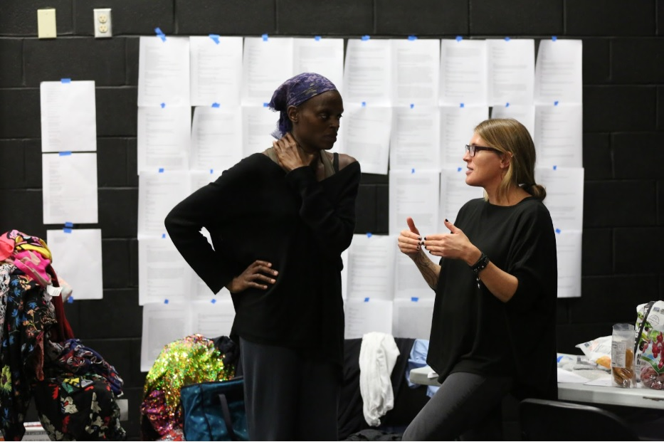Choreographer, Okwui Okpokwasili (L) in conversation with writer, Jenn Joy (R) during Okpokwasili's Fall 2016 residency for Poor People's TV Room, which has since toured nationally to critical acclaim. Okpokwasili is one of five artists in 2018 to receive the prestigious Herb Alpert Award in Choreography. Photo: MANCC. Chris Cameron.